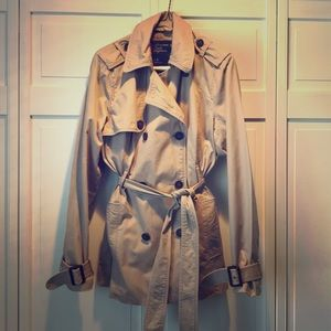 AMERICAN EAGLE Light Weight Trench